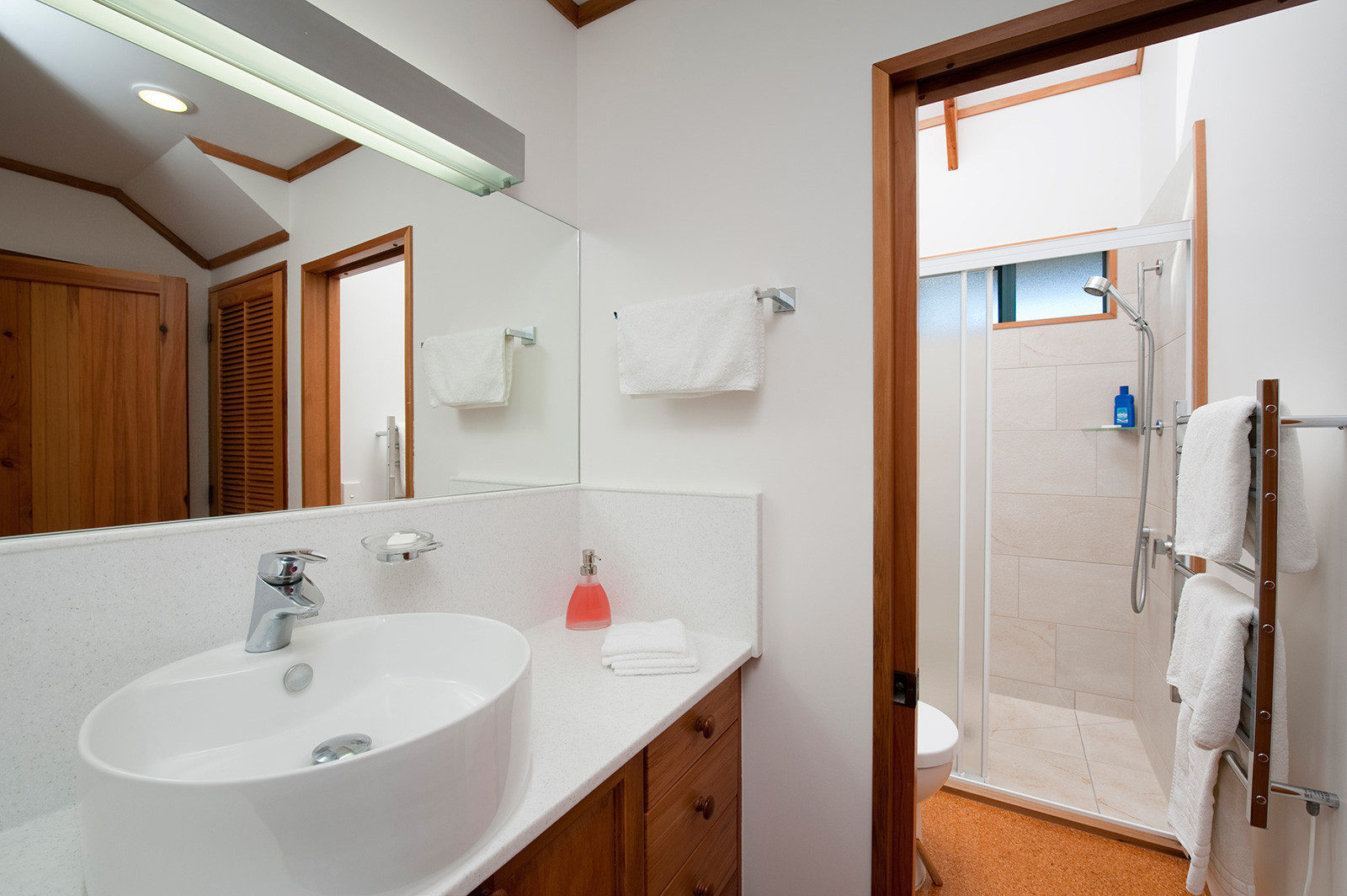 bathroom in holiday apartment at Beach Lodge Coopers Beach
